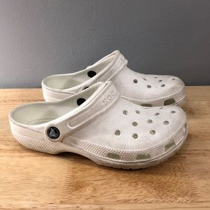 Women's White Crocs Pre Owned Classic Clog 6